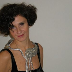gioielli scultura anny di gennaro esposizione vuedu abbigliamento donna palermo (4)-min